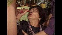 (Mature.Woman).Viejas.Zorras.Cubiertas.de.Leche...
