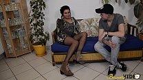 16226 Laoura la Tunisienne découvre le porno amateur avec un Français preview