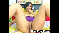Latina with big booty fingering her pussy