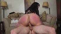 Big booty amateur latina bouncing on cock