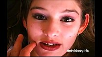 Sultry brunette amateur Violet dirty talks her ...