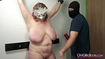 Amateur BDSM slave gets her tits punished