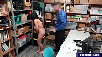 Arab shoplifter takes off clothes and smashed b...