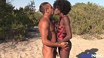 Lily, belle black baisée en bondage sur une plage naturiste [Full Video] thumbnail