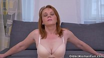 Euro Milf Elisabeth Strips Off And Rubs Her Pussy For Us.jpg