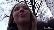 German Scout - Kim Davis (25) in Berlin zum Fick ueberredet Vorschaubild
