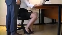địt gái văn phòng khi đang làm việc Preview
