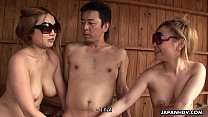 Sublime Japanese girl gobble up a hard dong [사우나 sauna]
