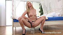 Hard orgasm for blonde pornstar using hitachi wand