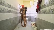 Порно сестра мылась брат трахал