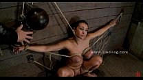 Busty sex slave tied like hog bondage Vorschaubild