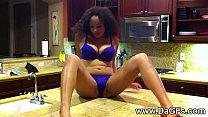 Serena makes a vid for her boyfriend video