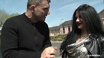 LA NOVICE - Brunette Romanian amateur Isabella ...