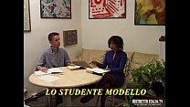 Lo studente modello si incula la professoressa ... thumb