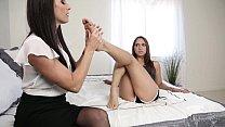 India Summer loves Sara Luvv's soft feet - Girlsway thumbnail