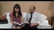 Секс мама мини-юбки тетя