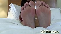 I want you to jerk off to my sexy little feet's Thumb