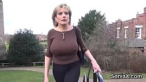 Cheating english milf lady sonia presents her heavy boobs