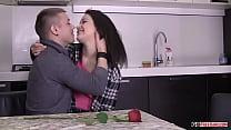 Izi Nikolas Sex In The Kitchen HD Vorschaubild