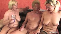 Amateur German threesome with old sluts and a p...