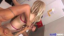 Amandine jouit, baisée en duo devant son mec cocu [Full Video] - Blackjr Sfm thumbnail