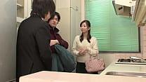 Japanese estate agent fucks the guest thumbnail