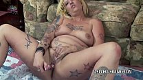Mature plumper Lexxi Meyers is stuffing her twat with a toy