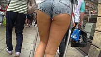 Awesome Ass in tight Jean Shorts Thumbnail