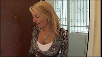 JuliaReaves XFr ee Haussauen Report scene 2 port scene 2