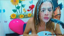 Zaira, latina webcam model shows no pain 2