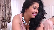 SEXY BHABHI IN PINK DRESS video