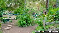 Brazzers - Milfs Like it Big - (Cherie Deville, Jordi El) - I Like Creeps Vorschaubild