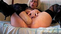 Grannies and milfs fisting their mature pussy