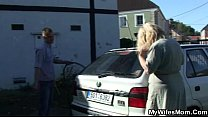 Wife gets mad when finds her man fucking mother in law Vorschaubild