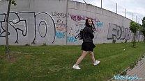 Public Agent Alessa Savage Gets Creampied Outdoors Vorschaubild