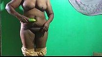 desi indian tamil telugu kannada malayalam hindi horny cheating wife vanitharavei today i am very  horny so i fuck banana with condom صورة