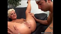 Blonde MILF babe gets her pussy licked pornhub video