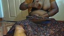 Real Indian big boobs aunty صورة