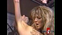 Busty dyke dominatrix punishes sub after playing with her Vorschaubild