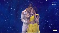 Divyanka Tripathi Navel treat in rain song,Hottest performance ever! Thumbnail