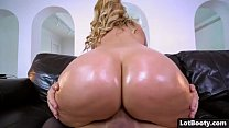 Blonde MILF with huge tits and fat ass gets fucked's Thumb