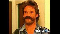 Heidi sees Doctor Moustache Vorschaubild