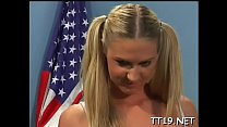 Tempting blonde bitch Ashley Long enjoys lovebox licking