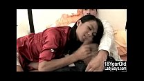 Screenshot Teen Ladyboy 1s t Blowjob
