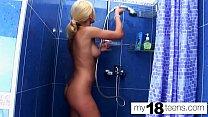 MY18TEENS - Blonde Play Pussy in bathroom - Amateur Solo صورة