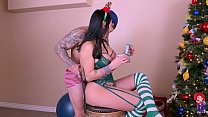 Thick ass elf gets fucked when she opened her present - 69VClub.Com
