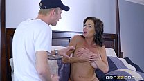 Brazzers - Veronica Avluv - Mom Got Boobs preview image