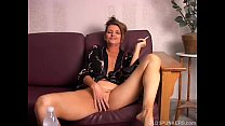 Beautiful big tits old spunker playing with her juicy pussy for you Vorschaubild