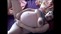pregnant girl rubs her clit in bed - PregnantHorny.com pornhub video