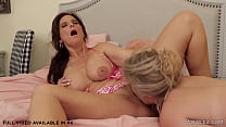 Secretary Having Lesbian Sex With Hard Working